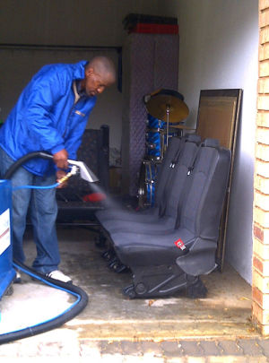 Skitterblink Upholstery Cleaning 1